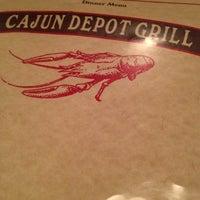 Das Foto wurde bei Cajun Depot Grill von shenna J. am 11/18/2012 aufgenommen