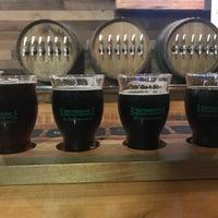 Foto tirada no(a) Southbound Brewing Company por Fred B. em 3/14/2019