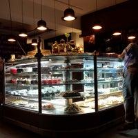 รูปภาพถ่ายที่ Hobby Cafe โดย Metinol 💉 เมื่อ 7/28/2013