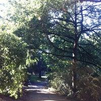 Das Foto wurde bei Laurelhurst Park von Lissa B. am 9/30/2012 aufgenommen
