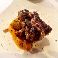 Foto tomada en Restaurante L'Atelier por Elisabeth G. el 5/7/2014
