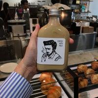 Photo prise au Factory Espresso Bar par Phetchar S. le10/15/2018