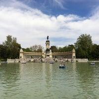 รูปภาพถ่ายที่ Parque del Retiro โดย Alex F. เมื่อ 5/5/2013
