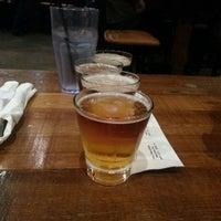 Das Foto wurde bei Heights Tavern von Soraya K. am 6/29/2013 aufgenommen