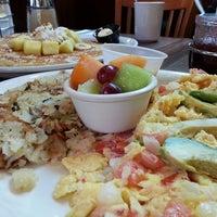 Снимок сделан в Rick's Cafe пользователем Hayz 5/25/2013