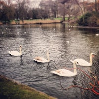 Foto tirada no(a) St James's Park por Clay V. em 2/3/2013