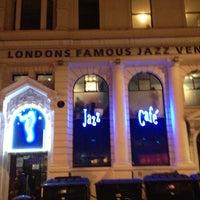 Photo prise au Jazz Cafe par Erik D. le1/5/2013