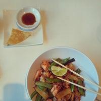 Foto diambil di Lucky Robot Japanese Kitchen oleh Jin C. pada 2/17/2013