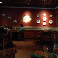 Foto scattata a Olive Garden da Mr. E. il 10/13/2012