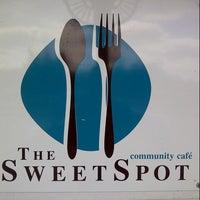 7/23/2013 tarihinde Sue M.ziyaretçi tarafından The SweetSpot'de çekilen fotoğraf