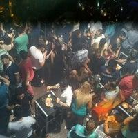 Foto tirada no(a) Kuşadası Club Bar por İbrahim S. em 6/22/2013