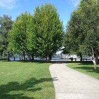 Foto scattata a Green Lake Loop da Tracy F. il 7/8/2013
