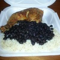 รูปภาพถ่ายที่ Latin Square Cuisine โดย James J. เมื่อ 5/16/2013