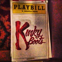 Снимок сделан в Kinky Boots at the Al Hirschfeld Theatre пользователем Will O. 4/25/2013