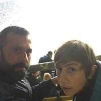 Das Foto wurde bei Ülker Stadyumu Fenerbahçe Şükrü Saracoğlu Spor Kompleksi von Nuri İ. am 3/13/2016 aufgenommen
