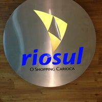 Foto tirada no(a) Shopping RioSul por sneakerpimp em 3/15/2013