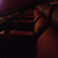 Foto tomada en NCG Eastwood Cinemas por Rachel M. el 12/19/2012