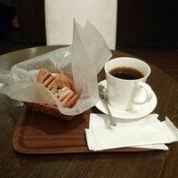 Foto tirada no(a) RIE COFFEE por Shinichi H. em 12/23/2015