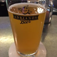 Photo prise au Adriano's Bar & Café par Johann le6/17/2014