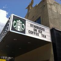 Photo prise au Starbucks par Jimmy P. le6/20/2013