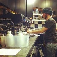 Foto tirada no(a) Lemonjello's Coffee por Devin B. em 1/16/2013