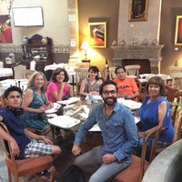 รูปภาพถ่ายที่ Restaurante Lolita โดย Gustavo S. เมื่อ 6/27/2016