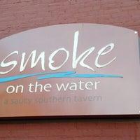 Foto tomada en Smoke on the Water por Randy C. el 1/24/2013