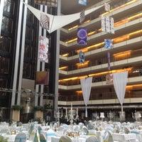 Foto tomada en Hilton Buenos Aires por Eddie G. el 12/31/2012