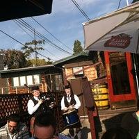 Das Foto wurde bei Shakespeare Pub & Grille von Carmelle P. am 3/17/2013 aufgenommen