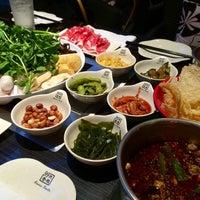 Foto scattata a 99 Favor Taste 99號餐廳 da douglas il 3/13/2014