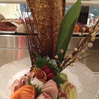 Foto scattata a Elevate Restaurant & Lounge da douglas il 11/30/2012