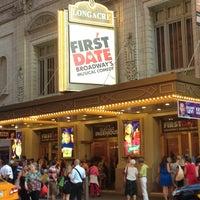 Foto diambil di Longacre Theatre oleh Travis F. pada 7/16/2013