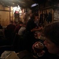 Foto tomada en Poechenellekelder por Arie B. el 12/25/2012