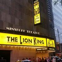 6/27/2013 tarihinde Korinne c.ziyaretçi tarafından Minskoff Theatre'de çekilen fotoğraf