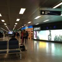 รูปภาพถ่ายที่ Aeroporto di Milano Linate (LIN) โดย Giulio C. เมื่อ 3/20/2013