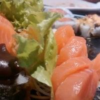 Foto tirada no(a) Hioto Japanese Food por Luciane L. em 3/19/2016