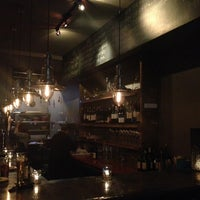 Foto scattata a Kaia Wine Bar da Utsav R. il 3/29/2013