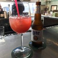 Foto tirada no(a) Cascata Restaurant & Bar por Kelani C. em 5/20/2017