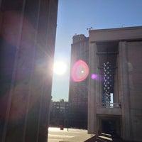 Снимок сделан в Lincoln Center for the Performing Arts пользователем James S. 4/16/2013