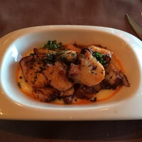 12/4/2013 tarihinde Tomas R.ziyaretçi tarafından Restaurante PALé'de çekilen fotoğraf