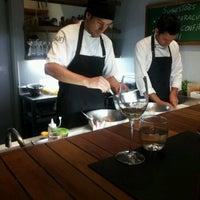 10/21/2012 tarihinde Daniela Q.ziyaretçi tarafından Suri Ceviche Bar'de çekilen fotoğraf