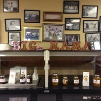 รูปภาพถ่ายที่ Big Mama's Kitchen โดย Raj M. เมื่อ 5/2/2014