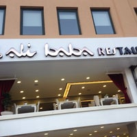 Снимок сделан в Ali Baba Restaurant & Nargile пользователем Levent İ. 7/11/2014