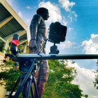Das Foto wurde bei 12th Man Statue von Matt J. am 7/28/2013 aufgenommen