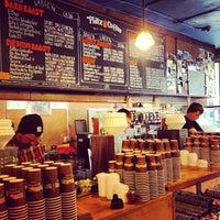 Foto tomada en Philz Coffee por Edgar G. el 4/26/2013
