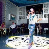 Foto tomada en Karaoke Club Split por Club Split Lviv el 8/22/2016
