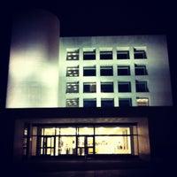 Foto tomada en Edificio de Bibliotecas - UNAV por Zuriñe L. el 11/19/2012