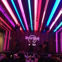 Foto tirada no(a) Hard Rock Cafe Santiago por Bruno P. em 7/26/2013