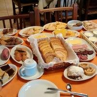 6/8/2014에 Moisés L.님이 Café Colonial Walachay에서 찍은 사진
