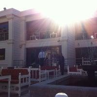 11/6/2012にOzan A.がKasr-ı Van Kahvaltı ve Kahve Eviで撮った写真
